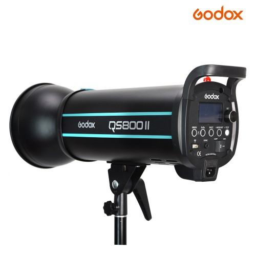 Студийная вспышка GODOX QS800II