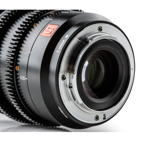 Объектив Viltrox S20mm Cinematic T2.0 L-mount